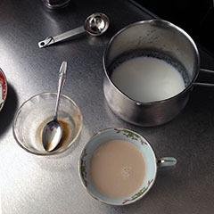 スイートシナモンカプチーノ06 50度のミルクと合わせる.jpg