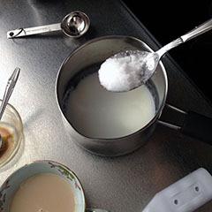 スイートシナモンカプチーノ07 砂糖を加えて70℃に加熱-1.jpg