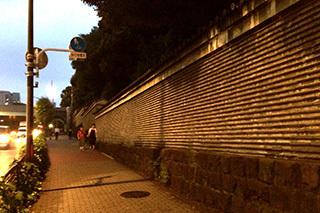 湯島聖堂 土塀.jpg