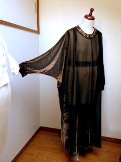カフタンドレス 全身 袖-1.jpg