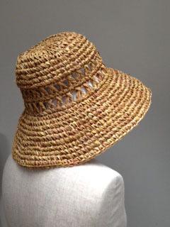 帽子を買いました 私の帽子 リボンを取ると.jpeg